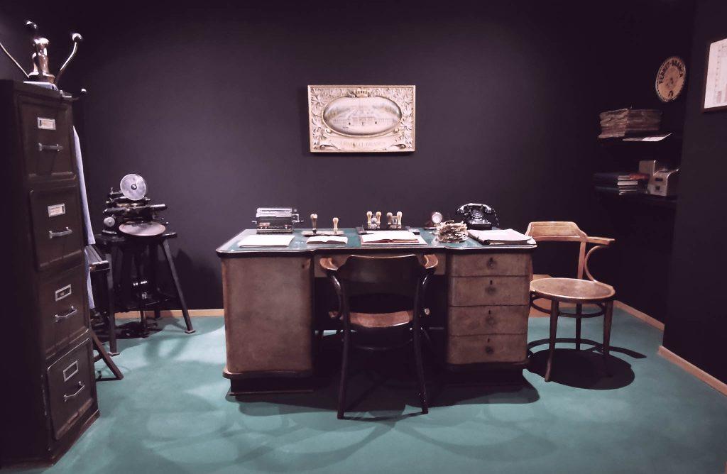 Recreación de una oficina de época, Museo Branca de Milán