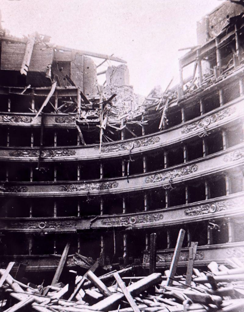 La Scala, después del bombardeo de 1943